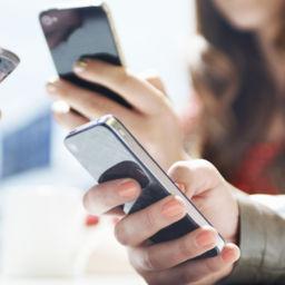 Telefonul mobil ne schimba modul de a face cumparaturi